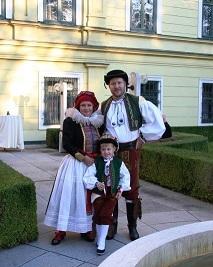 Tradiční hanácké kroje Jarmily Vítoslavské a kozí sýry paní Jarmily Zelenské slavily úspěch ve Vídni
