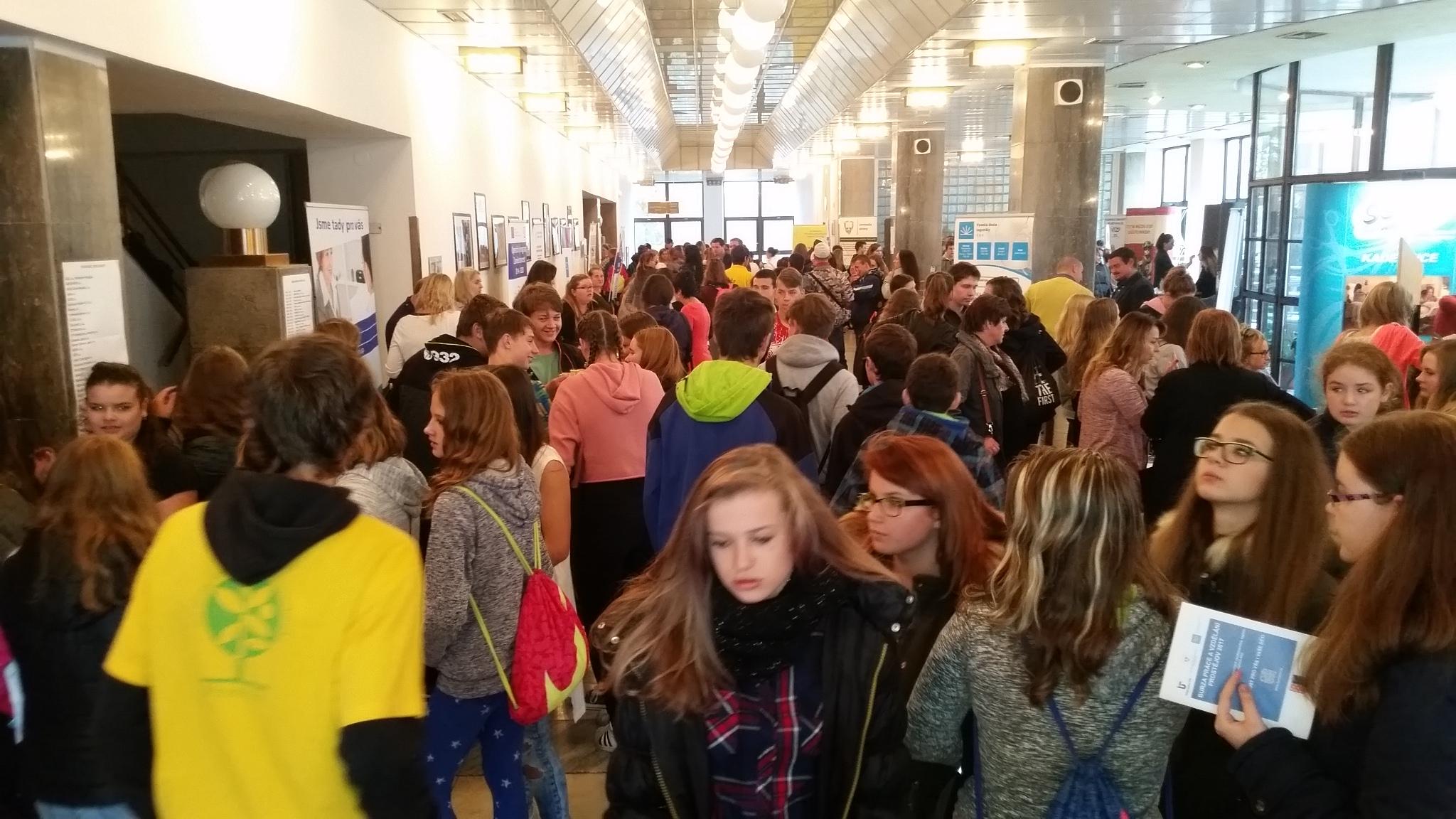 Letošní Burzou práce a vzdělání v Prostějově prošlo  kolem 1500 návštěvníků
