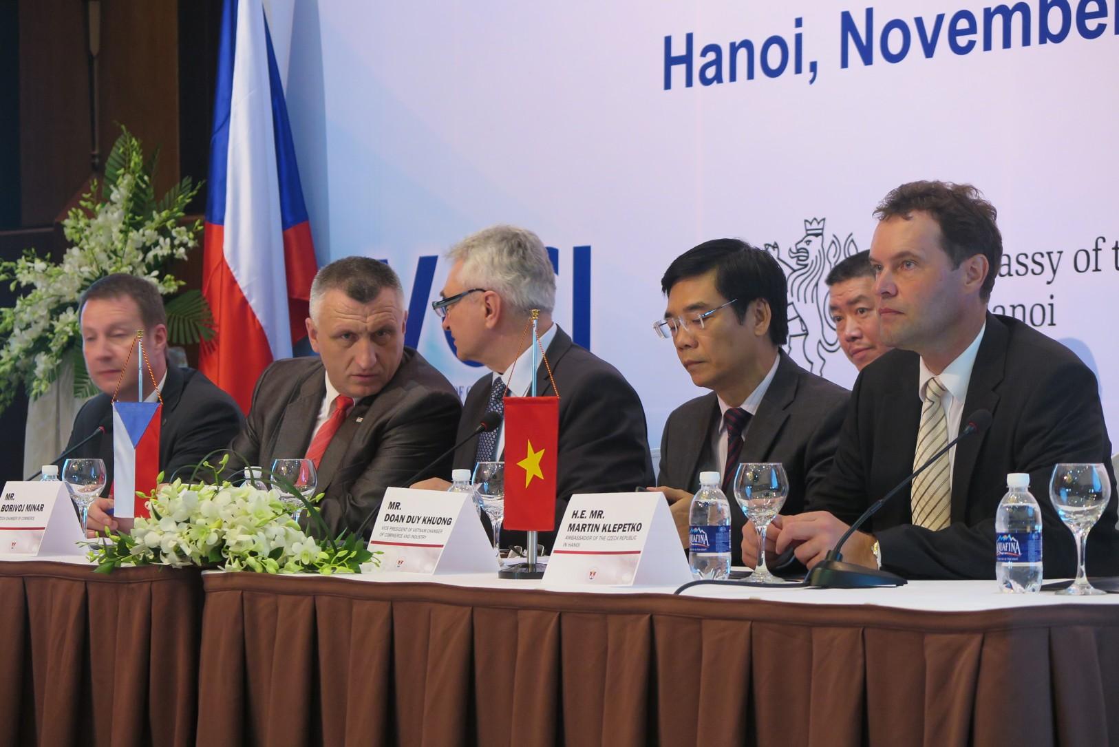 Podnikatelé se začali poohlížet po nových zaměstnancích také ve Vietnamu