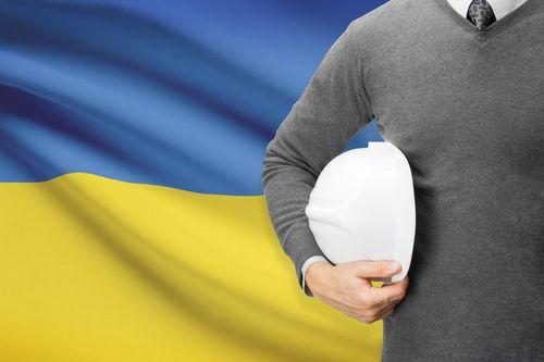 Ukrajinští pracovníci jsou přínosem nejen pro zaměstnavatele, ale i společnost. Přispívají na české důchody i zdravotní péči. Hospodářská komora bude vyjednávat s vládou o zdvojnásobení ročních kvót
